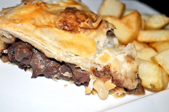 The-Green-Pea-The-Mayfairy-Steak-Guinness-Pie
