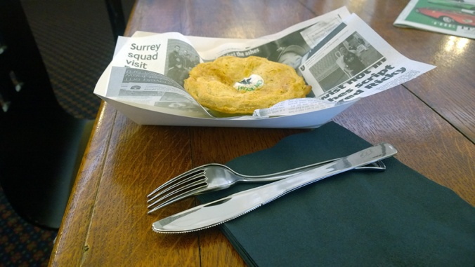 The-Mayfairy-Oval-Pie-Cutlery